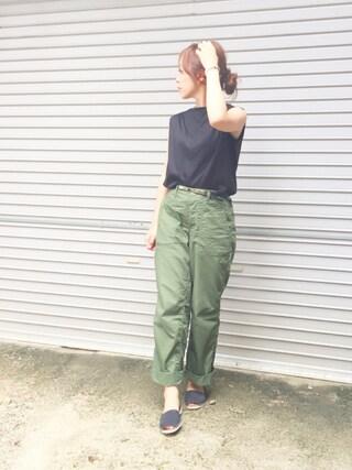 平井薫子さんの「肩タックボリュームカットソー(ROPE' PICNIC|ロペピクニック)」を使ったコーディネート
