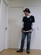 AZULとplayboyとのコラボTシャツで柄がスパンコールでデザインされています。 今回は黒で締めてシックに。