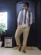 今回のコーデは、ネクタイとシューズを同じ柄で合わせて統一感を出してみました。
