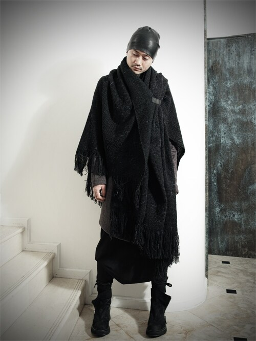 S/STEREFLAGSHIPSTOREKYOTOさんの「ONEPIECED TOPKNOT KNITHAT(SISTERE)」を使ったコーディネート