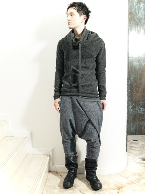 S/STEREFLAGSHIPSTOREKYOTOさんの「ELONGATED NECK KNIT(SISTERE)」を使ったコーディネート