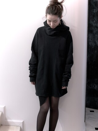 S/STERE FLAGSHIP STORE KYOTO | S/STEREFLAGSHIPSTOREKYOTOさんのパーカー「SISTERE HOLD UP LONG SLEEVE SWEAT PARKA [BLACK]」を使ったコーディネート