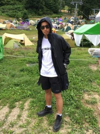 KiU|kiu-officialさんの「and wander/アンドワンダー×BEAVER/ビーバー 別注ロゴポケットTシャツ Men's (4065)(and wander|アンドワンダー)」を使ったコーディネート