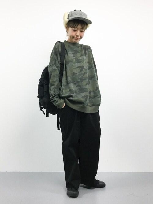 ZOZOTOWNkonabeさんのTシャツ/カットソー「迷彩ビッグシルエットプルオーバー(anap mimpi|アナップミンピ)」を使ったコーディネート