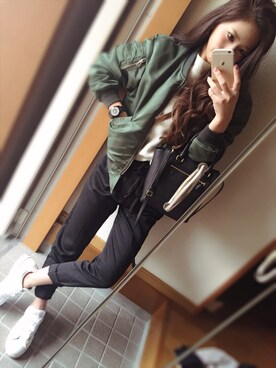 「WIDE SLEEVE BOMBER JK(MOUSSY)」 using this CANA looks