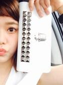 長澤メイさんの「STUDS WALLET made in Japan (SAJ11P3L)(Wallet COMME des GARCONS ウォレット コム デ ギャルソン)」を使ったコーディネート