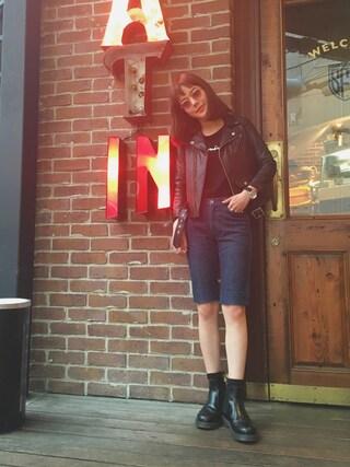 長澤メイさんの「■別注■beautiful people×MIDWEST シープレザーライダースジャケット(beautiful people|ビューティフルピープル)」を使ったコーディネート