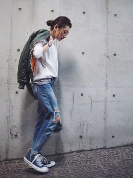 AZUSA  TAKAZONOさんの「【Casual】ヴィンテージプレーンスウェット(Ungrid)」を使ったコーディネート