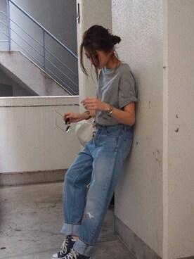 AZUSA  TAKAZONOさんの「【Casual】Champion刺繍ロゴTシャツ(Champion)」を使ったコーディネート