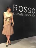 ROSSO名古屋パルコ店 さんの「ROSSO ラメチュチュセットサテンドレス(URBAN RESEARCH ROSSO アーバンリサーチ ロッソ)」を使ったコーディネート