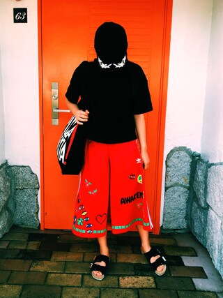 平 祐奈 | Yuna Tairaさんの「【adidas Originals = PHARRELL WILLIAMS】キュロットパンツ(adidas|アディダス)」を使ったコーディネート