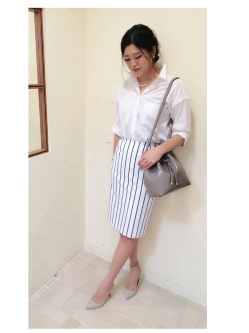 YUMENOさんの「ストライプストレッチタイトスカート(ROPE')」を使ったコーディネート