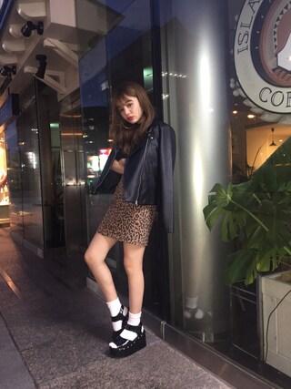 吉木千沙都さんの「アニマルパターンタイトミニスカート(EVRIS EVRIS)」を使ったコーディネート