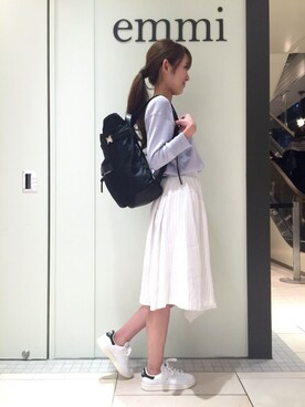 emmi|keiko katoさんの「【emmi atelier】ナイロンレザーリュック(emmi)」を使ったコーディネート