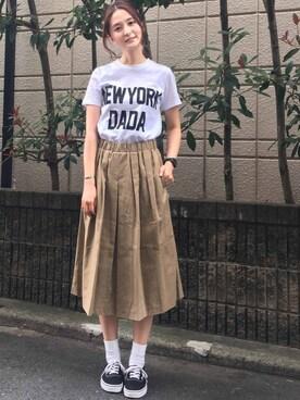 """海下真夕さんの「""""NEWYORK DADA""""Tシャツ(IRONY)」を使ったコーディネート"""