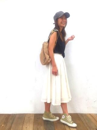 スザンヌさんの「【Omekashi】麻ギャザースカート(Omekashi|オメカシ)」を使ったコーディネート