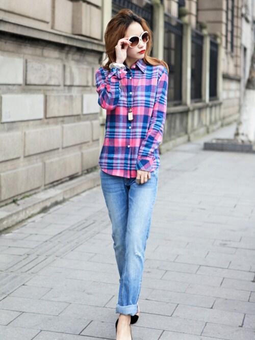 OVoVO(オーヴォ)さんの「チェック柄ネルシャツ」を使ったコーディネート