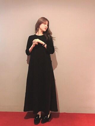 後藤夕貴さんの「SIDE SLIT LONG DRESS(MILKFED.|ミルクフェド)」を使ったコーディネート
