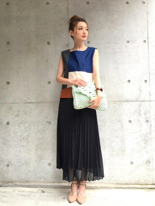 n a g i s aさんの「COLOR BLOCK DENIM TOP(Ameri)」を使ったコーディネート