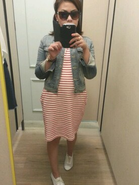 (UNIQLO) using this c a r m z looks