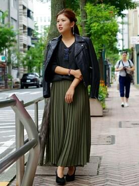 KATHARINE HAMNETT LONDON 渋谷ファイヤー通り|iwamuramisaさんの「プリーツ巻きスカート風パンツ(KATHARINE HAMNETT ladies)」を使ったコーディネート