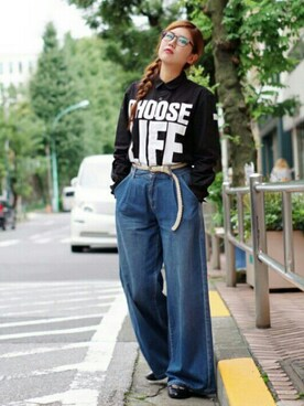 KATHARINE HAMNETT LONDON 渋谷ファイヤー通り|iwamuramisaさんの「【KEH×LUKER】 CHOOSE LIFE / C-SHIRT . LS(KATHARINE HAMNETT LONDON)」を使ったコーディネート