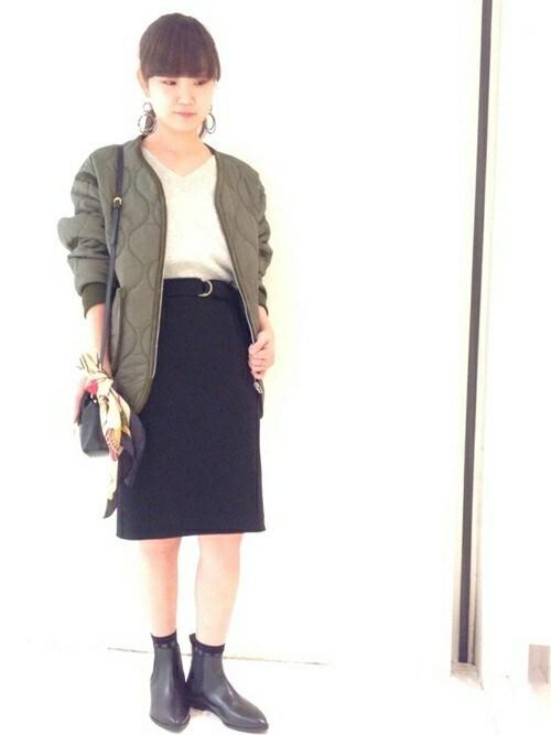 古森さんの「ベルトタイトスカート(SHIPS for women)」を使ったコーディネート