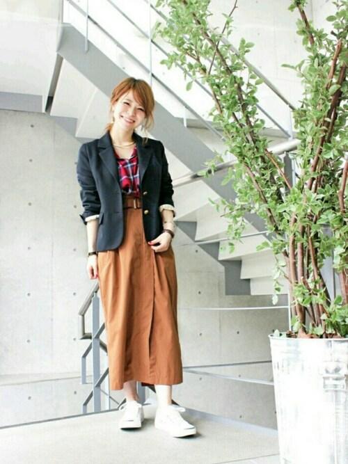 中やんさんの「タイプライター共布ベルト付ラップ風ロングスカート(mysty woman)」を使ったコーディネート