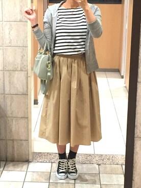 Appleさんの「タイプライタースカート(Te chichi)」を使ったコーディネート