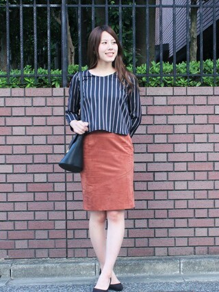 ASTORIA ODIER 新宿店|Neneさんの「(日本製)スエードタイトスカート(TRUDEA|トルディア)」を使ったコーディネート