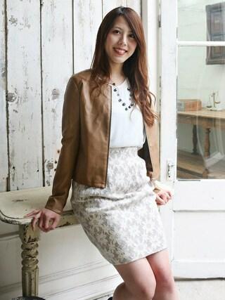 ASTORIA ODIER 新宿店|Neneさんの「(日本製)花レースタイトスカート(TRUDEA|トルディア)」を使ったコーディネート