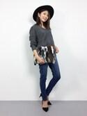 吉岡由梨子さんの「MIXフェイクファークラッチバッグ【PLAIN CLOTHING】(PLAIN CLOTHING|プレーンクロージング)」を使ったコーディネート