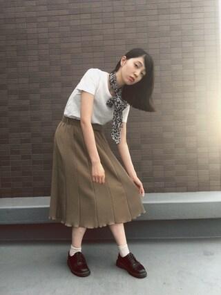 小谷実由さんの「EMODA×Hanes Tシャツパック(EMODA エモダ)」を使ったコーディネート