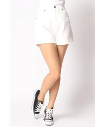 WEGO(ウィゴー)の「High Waisted Denim Cuffed Shorts(パンツ)」