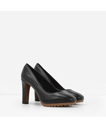CHARLES & KEITH「LUG SOLE PUMPS(Others)」