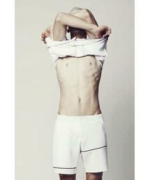 Eliran Nargassi(-)の「Mens White Shorts wirh Black details(ショーツ)」