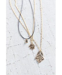 Urban Outfitters「Power Of 3 Layering Necklace Set(Necklace)」