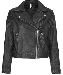 Topshop「Authentic washed leather biker jacket detailed with shoulder panels and silver trims. with zip front fastening and multiple pockets. 100% leather. specialist leather clean only.(Riders jacket)」