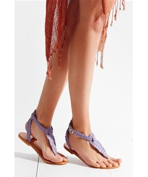 Urban Outfitters「Ecote Aurora Braided T-Strap Sandal(Sandals)」
