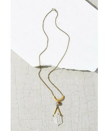 Urban Outfitters「Geo Crystal Pyrite Pendant Necklace(Necklace)」