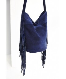 Urban Outfitters「Ecote Suede Fringe Bucket Bag(Shoulderbag)」