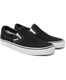 Vans(バンズ)の「Classic Canvas Slip-On Sneakers(シューズ)」