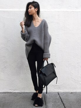"VANNY is wearing Acne Studios ""ACNE STUDIOS Deborah V-neck wool sweater"""
