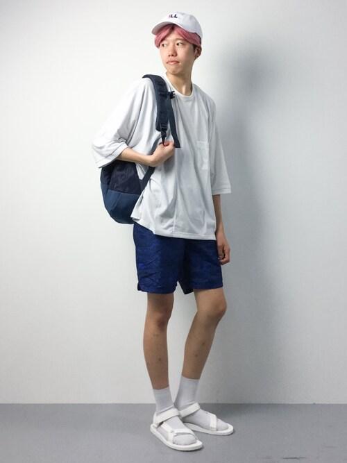 ZOZOTOWNまっこいさんのTシャツ/カットソー「BLUE TORNADO∴切替ドルマンTシャツ(BLUE TORNADO|ブルートルネード)」を使ったコーディネート