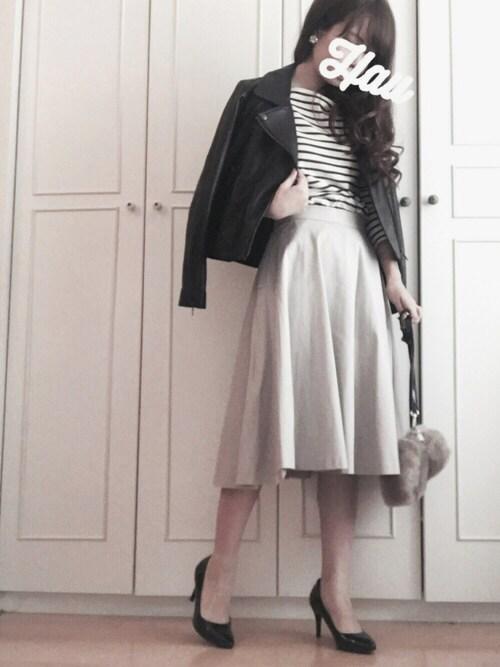 30代 綺麗め 革ジャン 着こなし画像