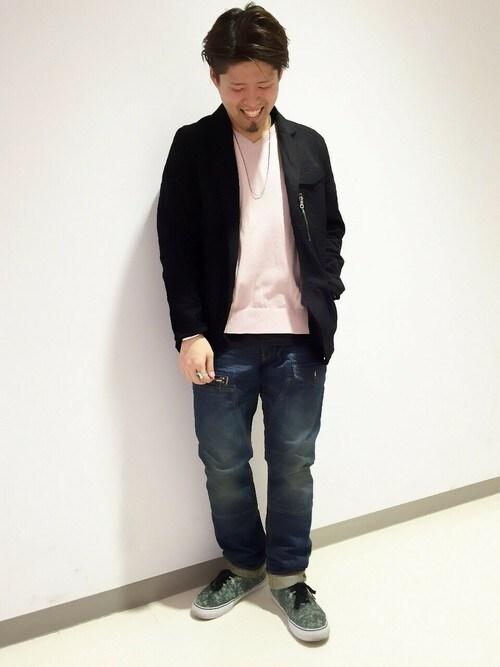 AVIREX 横浜HONDAさんのTシャツ/カットソー「avirex/アヴィレックス/メンズ/DAILY S/S V-NECK POCKET T-SHIRT/デイリー 半袖 Vネック ポケットTシャツ(AVIREX アヴィレックス)」を使ったコーディネート