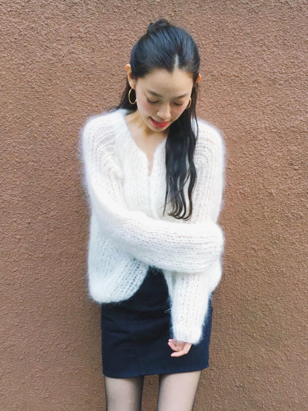 https://wear.jp/akutsuyurie/8235525/?utm_campaign=sp&utm_medium=referral&utm_source=mery
