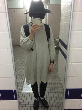 名前は、撥水ポリエステル綿かっぽう着。部屋着にもなるタイプです。 値段は、1500円に下がってました。すでにネット上では、完売していて、