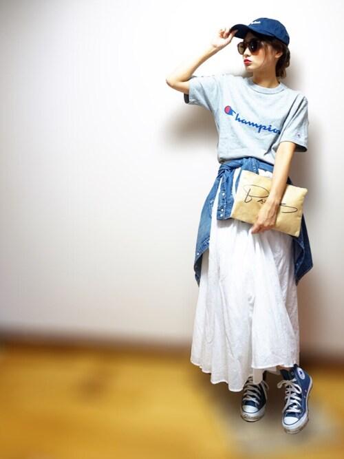 nyaobuさんの「Champion別注ロゴTシャツ(Champion)」を使ったコーディネート
