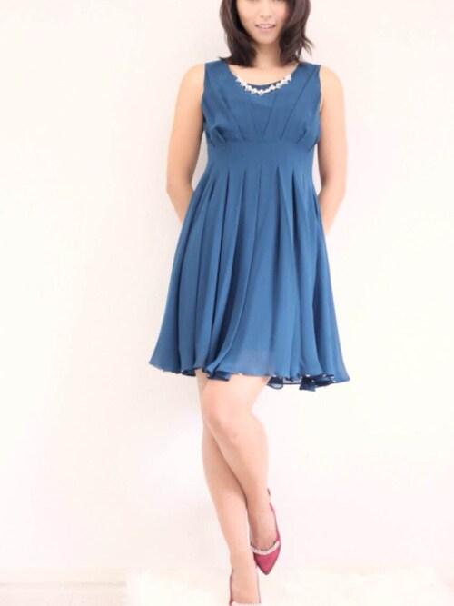 Dorry Doll/ Vircamomokaさんのドレス「ネックレス付きタックフレアーワンピース(Dorry Doll|ドリードール)」を使ったコーディネート